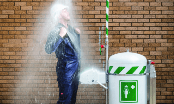 Mobile emergency safety showers